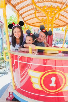 More family pic ideas for Disneyland