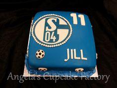 Schalke 'O4 taart voor de jarige Jill Schalke '04 cake for Jill's birthday