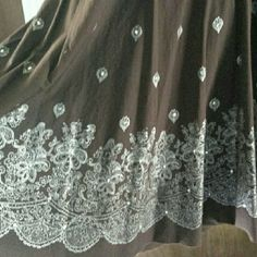 Beautiful full skirt, brown with white stitching 100% cotton midi skirt, full, unlined, chocolate brown with beautiful white embroidery with a touch of bling, side zip with button and loop closure, narrow inset waistband, and two loops for hanging on hanger. In perfect condition. Tokyo Skirts A-Line or Full