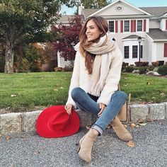 Clara Alonso Clara Alonso, Spanish Fashion, Victoria Secret Fashion Show, Brown Hair Colors, Beauty Women, Fashion Models, Celebrity Style, Autumn Fashion, Beautiful Women