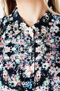 Minkpink Daisy Bomb Shirt http://uoeur.pe/UOMinkpink