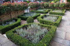 http://belderbos.co.uk/portfolio/front-gardens/putney-front-garden/#