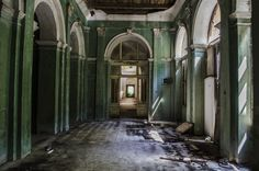 Stunning Interiors From Abandoned Thermal Baths In Herculane, Romania. Treatment Rooms, Thermal Baths, Architecture Student, Bored Panda, Eastern Europe, Resort Spa, Change The World, Romania, The Locals