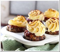 meatloaf cupcakes....great idea~!!! For a dinner party these are a great size, make minis for a larger party.
