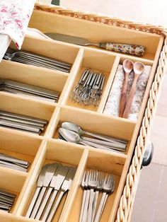 For covered divisions That Use Their suit size. It is how to get the Most out of the drawers. Smart Kitchen, Kitchen Sets, Kitchen Pantry, Kitchen Things, Kitchen Cabinets, Kitchen Interior, Interior And Exterior, Kitchen Decor, Exterior Design