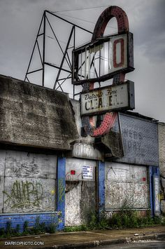 Detroit cleaners. Dying Detroit, MI. Sad saw an episode about Detroit on the show Forgotten Places (Discover Channel)