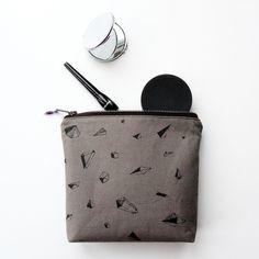 From IAMTHELAB.com Handmade Profiles: Handmade Bags from Grey Whale
