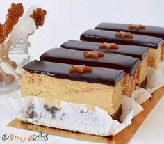 as minca o felie de tort diplomat zice petruta dinu Mango Desserts, Köstliche Desserts, Delicious Desserts, Easy Cake Recipes, Sweets Recipes, Mini Cakes, Cupcake Cakes, Elegante Desserts, Homemade Sweets