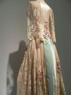 Blush silk satin and ivory silk chiffon evening dress, French c.1922