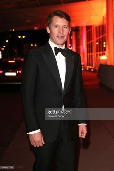 News Photo : Singer James Blunt during the Goldene Kamera...
