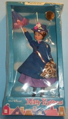 """Pinner says """"Mary Poppins I woke up to this under the Christmas tree in Loved it!"""" (The exact same was for me-the only thing I'm not sure of the year. Vintage Toys 1960s, Vintage Games, Vintage Dolls, Doll Toys, Barbie Dolls, Disney Dolls, Old Dolls, Bath Toys, Disney Merchandise"""