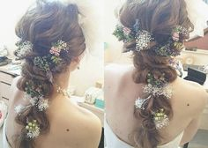 お花との相性ばっちり♡【後ろ三つ編み】のブライダルヘア特集*のトップ画像