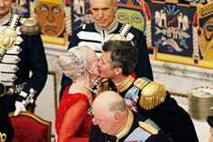 kronprinsenfrederik:  Gala Dinner for Queen Margrethe's 75th Birthday, Denmark, April 15, 2015-Crown Prince Frederik gives his mother Queen Margarethe a kiss following a speech for her