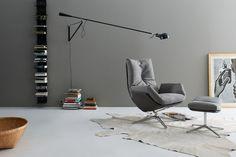 """In Szene gesetzt: Der """"Cordia"""" Sessel, erhältlich mit Stoff- oder Lederbezug, Hersteller COR. (Foto: Jehs + Laub)"""
