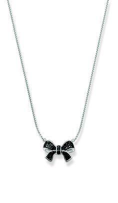 Bow necklace from Thomas Sabo.
