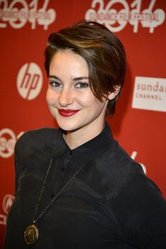 At the White Bird in a Blizzard premiere, Shailene Woodley pulled her pixie to one side and added a bold burgundy lip.