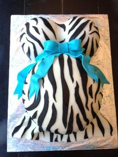 Make a Baby Belly Cake