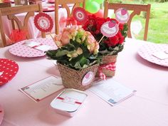 Cool Customers: Strawberry Shortcake Joint Birthday Party! by Bird's Party