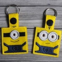 Uncle Matt's Cribb | Minion Snap Tab Key Fob. $4.00 for the set. Want