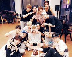 Find images and videos about Seventeen, mingyu and wonwoo on We Heart It - the app to get lost in what you love. Happy 4th Anniversary, Vernon Chwe, Hip Hop, Choi Hansol, Carat Seventeen, Won Woo, Seoul Music Awards, Adore U, Pledis 17