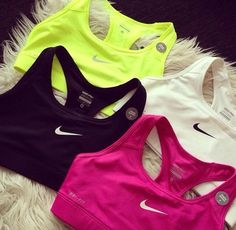 NIKE ROSHE RUN Super Cheap! Sports Nike shoes outlet, Press picture link get it immediately! not long time for cheapest Athletic Outfits, Athletic Wear, Athletic Tank Tops, Athletic Fashion, Cute Gym Outfits, Sport Outfits, Nike Outfits, Workout Attire, Workout Wear
