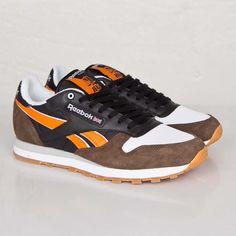 huge discount 69c5d 7193a Reebok Classic Leather R12 - M47404 - Sneakersnstuff   sneakers    streetwear på nätet sen 1999