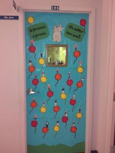 Teachery Tidbits: Dr. Seuss Doors {Part 1}