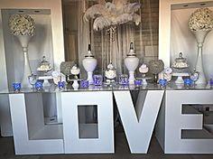LOVE Table