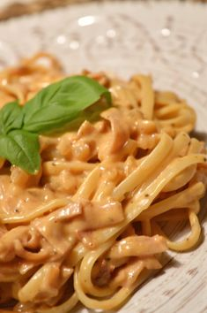 Pasta Med Bacon, Pasta Recipes, Dinner Recipes, Everyday Food, Pasta Dishes, Food Inspiration, Breakfast Recipes, Good Food, Food Porn