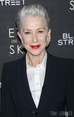 Helen Mirren--Eye-in-the-Sky-Film-Premiere-vörös szőnyeges-Fashion-Giorgio-Armnai-Tom-Lorenzo-Site (3)