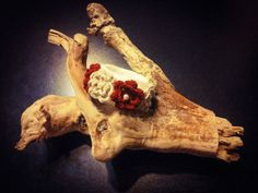 Rigid bracelet color cream wool handmade with flowers by Theart2
