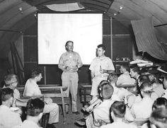 Briefing before Hiroshima bombing