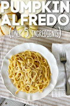 It's fall and it's time for this quick and easy dinner. Make sure to save this pumpkin Alfredo pasta recipe. You can have it ready in 15 minutes! Pumpkin Dishes, Pumpkin Dip, Canned Pumpkin, Pumpkin Puree, Pumpkin Recipes, Dip Recipes, Pasta Recipes, Pumpkin Alfredo Recipe, Heart Healthy Recipes