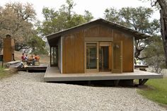 Shop for modern prefab and modular homes with our catalog-style database of modern prefab homes with images, plans, pricing, availability, and specs. Best Modular Homes, Modular Home Designs, Modular Home Builders, Custom Modular Homes, Modular Home Floor Plans, Modern Prefab Homes, House Floor Plans, Modern Cabins, Prefab Cabins