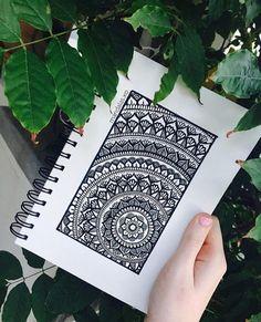 62 ideas zentangle art dibujos mandalas for 2019 Doodle Art Drawing, Zentangle Drawings, Mandala Drawing, Pencil Art Drawings, Art Drawings Sketches, Zentangles, Mandala Doodle, Mandala Art Lesson, Mandala Artwork