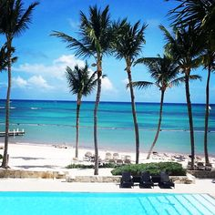 Are you more ocean or swimming pool ? #BayahibeSwimwear #ocean #beach #puntacana #LesMaillotsduBoutduMonde #swimmingpool