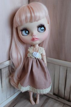 Baby Doll Dress For Blythe - Handmade, OOAK Blythe dress, summer dress for blythe, linen dress, blythe babydoll, blythe outfit by ShelsTinyCreations on Etsy