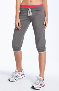 Benefits Of Yoga Sporty Outfits, Athletic Outfits, Athletic Wear, Cute Outfits, Gym Outfits, Fitness Outfits, Fitness Gear, Workout Attire, Workout Wear