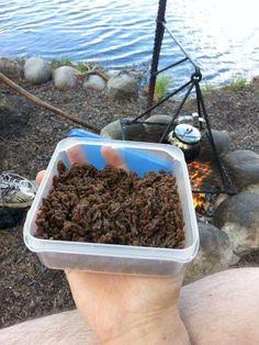 Kuivattua jauhelihaa retkieväänä - Ulkoilmamiehet
