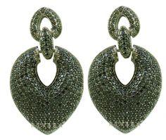 Brinco Rodio Negro E Zirconias Negras Semi-joia - Rivera Jóias - Moderno e contemporâneo, compõe a linha de acessórios que está no auge da moda.