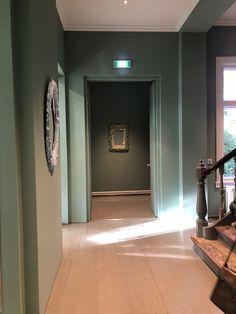 Norsk Billedhoggerforening, Oslo. Oslo, Bathroom Lighting, Mirror, Furniture, Home Decor, Bathroom Light Fittings, Bathroom Vanity Lighting, Decoration Home, Room Decor