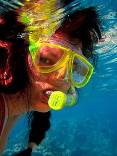 SELFPORTRAIT, SWIMMING IN THE RED SEA, HURGHADA, EGYPT.    TONE LEPSØES PICTURES.