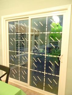 white electrical tape on windows to look like glass blocks - need someone very artistic/mathematical to help me with this! Minecraft Birthday Party, Minecraft Party Ideas, Minecraft Birthday Decorations, Minecraft Stuff, Minecraft Balloons, Minecraft Room Decor, Minecraft Blocks, Minecraft Food, Minecraft Crafts