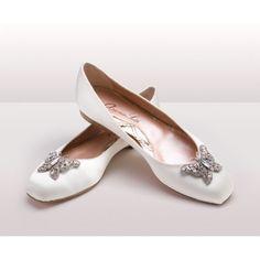 Aruna Seth Bettina #Ballerina in #Ivory #Satin www.imagebridal.com