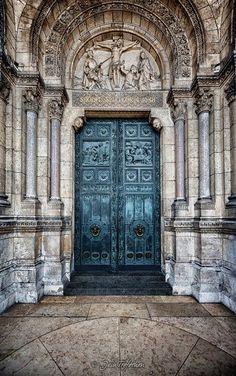 kings only | france |sacré-Coeur montmartre | paris