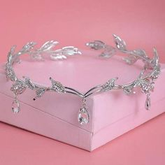 Cheap hair highlights for black hair, Buy Quality jewelry hair accessories directly from China jewelry braclet Suppliers: Crystal Crown Bridal Hair Accessory Wedding Rhinestone Waterdrop Leaf Tiara Crown Headband Frontlet Bridesmaid Hair Jewelry Wedding Hair Accessories, Wedding Jewelry, Jewelry Accessories, Hair Wedding, Wedding Veils, Wedding Tiaras, Wedding Crowns, Wedding Rings, Accessories For Girls