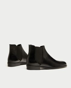 FLAT LEATHER ANKLE BOOTS 49.95 EUR  6140/201