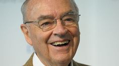 US ex-Senator Wofford, 90, to remarry to a man - BBC News