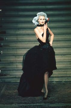 GIVENCHY BY ALEXANDER MCQUEEN, HAUTE COUTURE AW97.