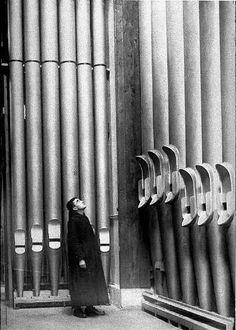 Reusachtige orgelpijpen. Je voelt je  heel klein als je er bij staat.